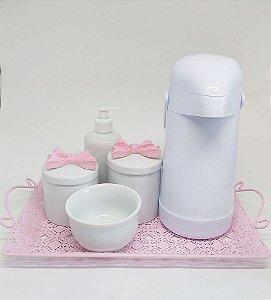 LIQUIDAÇÂO Kit Higiene Bebê Laço Rosa em Porcelana Completo com Bandeja e Garrafa