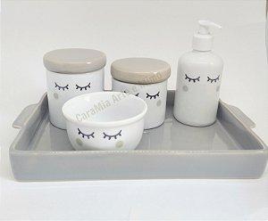 Kit Higiene Bebê Porcelana Olhinhos Cílios com Bandeja Retangular Grande em Cerâmica