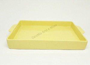Bandeja Retangular em Cerâmica Amarela para Kit e para Garrafa ou Moringa