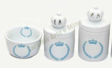 Kit Higiene Bebê   Coroa Azul Brasão com Aplique Coroa Branquinha   3 Peças  