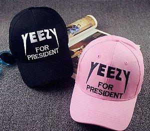 Boné Ajustável- Yeezy for President