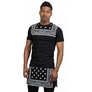Camiseta Oversized - Black and Bandana
