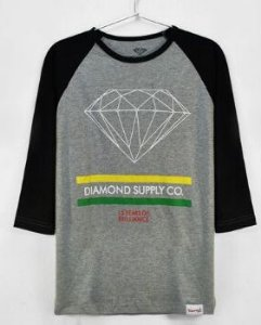 Camiseta Manga Longa Feminina Diamond Supply ( Cinza Com Preto ) Modelo 2