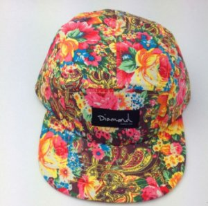 Boné Diamond Supply FLORAL YLW- 5 PANEL