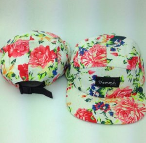 Boné Diamond Supply FLORAL TROPIC - 5 PANEL