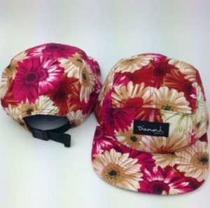 Boné Diamond Supply FLORAL STYLE - 5 PANEL