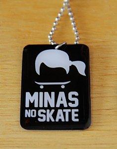 Colar Minas no Skate