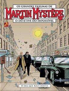 Martin Mystère - volume 15 O dia que não existia - Português Capa Brochura – 13 de fevereiro de 2019