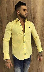 Camisa lisa Justink fio 60 amarela