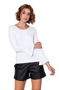 Blusa flare branca com manga longa