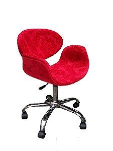 Cadeira Tulipa com estrela cromada, rodinhas anti-risco e regulagem de altura. Modelo LV25BEC. Lv Estofados.