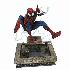 Homem Aranha (Spider-Man) 1990 - Diorama Gallery Diamond Select Toys