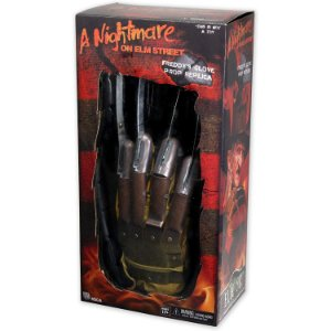 FREDDY GLOVE 1984 - 1/1 PROP REPLICA