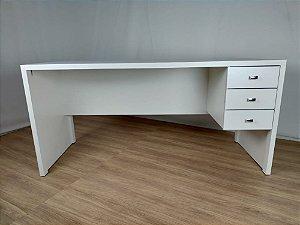 Mesa de escritório Betânia 155x60 com 3 gavetas | Em MDF | TreeMobili