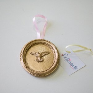 Medalha com Divino Espírito Santo
