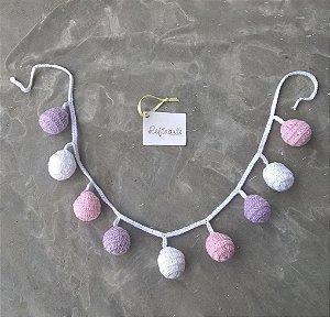 Varal em Crochê Bolinhas Rosa Lilás e Branca