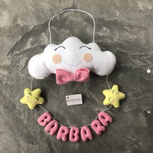 Porta Maternidade Nuvem Feliz com Varal feminino