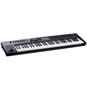 Teclado Controlador Roland A-800PRO-R / 61 Teclas / MIDI/USB