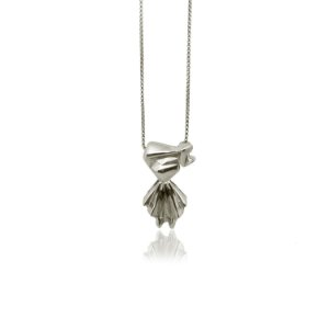colar menina - girl necklace