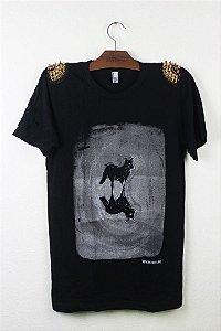 camiseta com spykes
