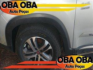 Aplique do Paralama Dianteira Esquerda Fiat Toro Volcano Tração 4x4 Diesel 2.0 2016/2017
