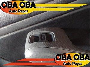 Botão De Vidro Traseiro Direito Honda Civic LX 1.7 16v Gasolina 2004/2004