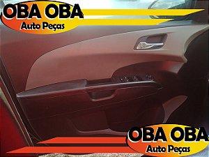 Forro de Porta Dianteira Esquerda Sonic Sedan Ecotec 1.6 16v Flex 2012/2013