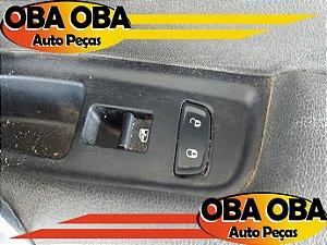 Botão De Vidro Traseiro Direito Renault Sandero Stepway 1.6 16v Flex 2012/2012