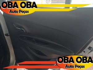 Forro De Porta Traseira Direita Chevrolet Tracker 1.4 Ltz Turbo 2016/2017