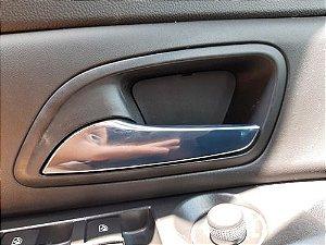 Maçaneta Interna Dianteira Esquerda Chevrolet Cruze 15/15 - Dianteira