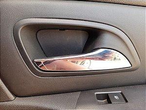 Maçaneta Interna Traseira Direita Chevrolet Cruze 15/15 - Traseira