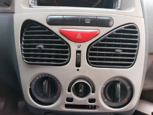 Difusor De Ar Central Esquerdo Fiat Palio Fire 1.0 8v Flex