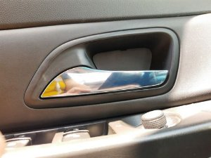 Maçaneta Interna Dianteira Esquerda Chevrolet Cruze 1.8