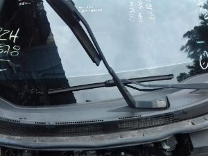 Braço Limpador Parabrisa Direito Nissan Versa 1.0 12v 2017
