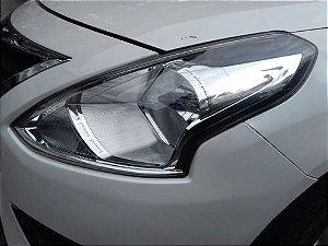 Farol Esquerdo Nissan Versa 2017