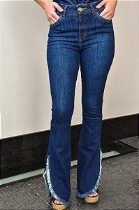 Calça Jeans Flare Fendas Laterais