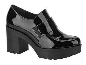 Sapato Loafer Moleca Salto Alto Tratorado Verniz Preto - 5647101-Vzpto