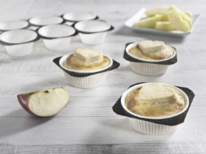 Forminhas forneáveis-Muffins - branca -10 Bandejas com 24UN - R$ 10,00 Unitário