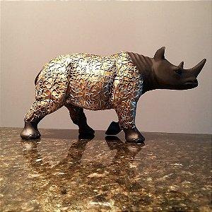 Rinoceronte Egípcio Dourado