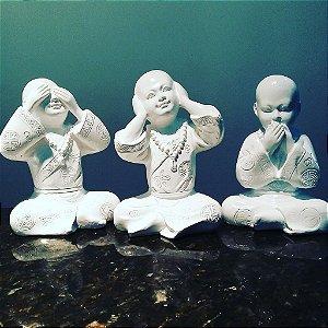 Trio de Budas Sábios Brancos