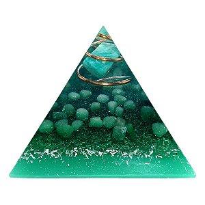 Orgonite Pirâmide Verde - Saúde | 6x5 cm