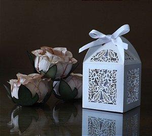 Combo 400 Forminhas Botões de Rosa + 100 Caixinhas Lembrancinhas + Frete Grátis