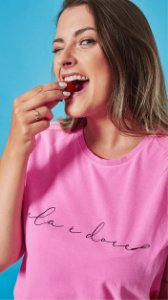Camiseta Feminina Frase Fouet Rosa