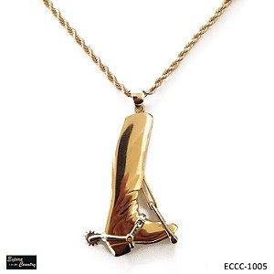 colar bota estribo e espora banho 10 milésimos de ouro 18k