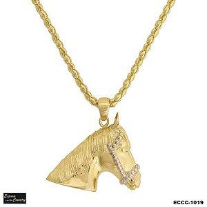 colar cabeça de cavalo 3d banho 10 milésimos de ouro 18k