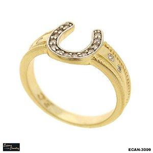 anel  pedras zircônias laterais banho 10 milésimos ouro 18k