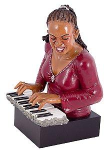 estátua mulher pianista oldway 48 x 31 x 28cm