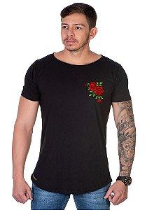 Camiseta Lucas Lunny Oversized Longline Caveira flor canto