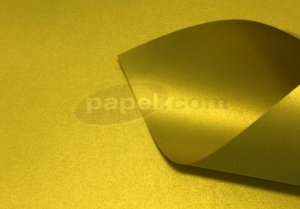 Papel Curious Metallics Super Gold