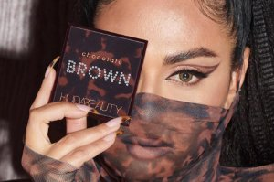 HUDA BEAUTY Brown Obsessions Chocolate paleta de sombras